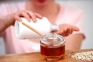 Причины и советы по лечению шелушащейся кожи рук