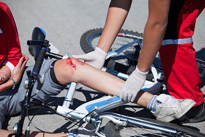 Повреждение кожи при падении с велосипеда