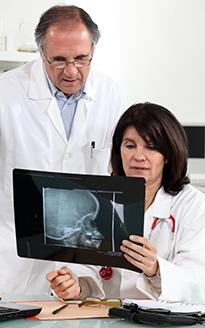 Рентген поврежденного мозга