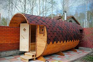 Бочковая баня во дворе