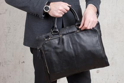 Какая сумка должна быть у вашего любимого?