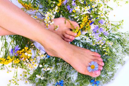 Женские секреты красоты - уход за ногами