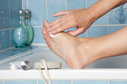 Шипица на ступне: боль, которая может привести к осложнениям