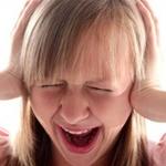 Различная реакция мозга на причины насилия